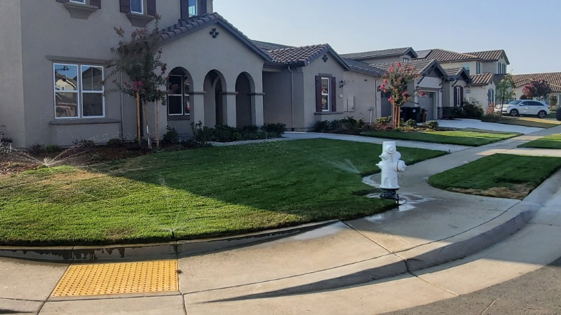 Lawn Mowing Contractor in Davis, CA, 95618