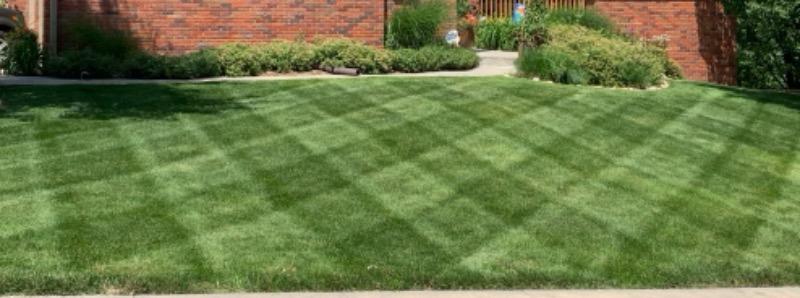 Lawn Mowing Contractor in Omaha, NE, 68138