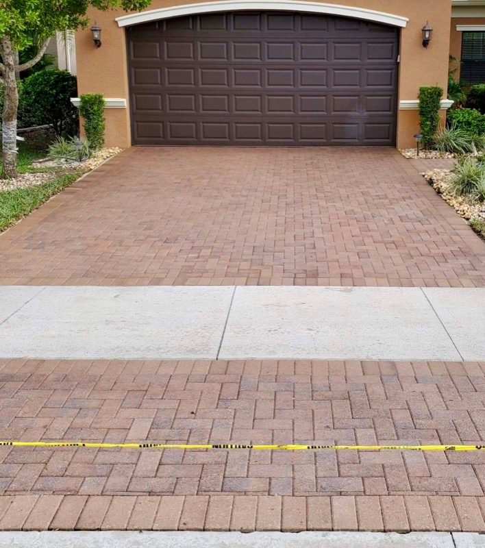 Lawn Mowing Contractor in Naples, FL, 34106
