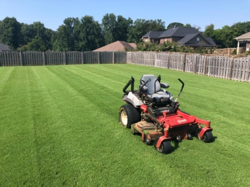 Lawn Mowing Contractor in New Market, AL, 35801