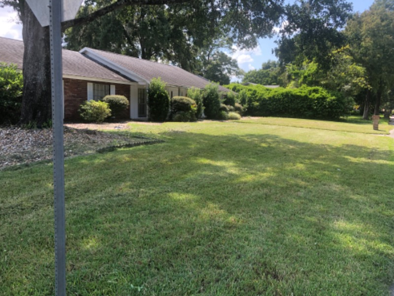 Lawn Mowing Contractor in Longwood, FL, 32750