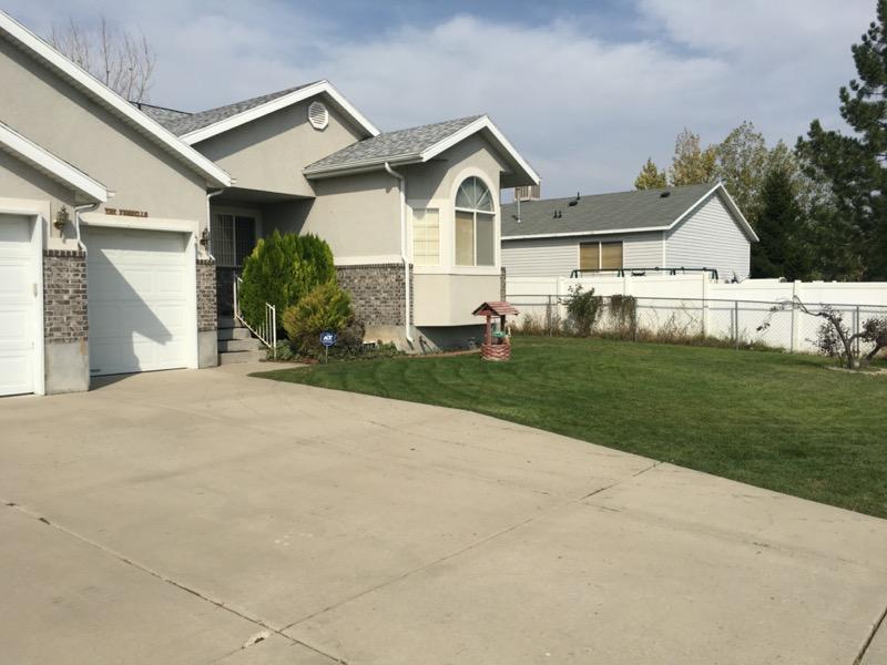 Lawn Mowing Contractor in Salt Lake City, UT, 84104