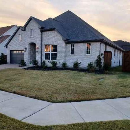 Lawn Mowing Contractor in Farmersville, TX, 75442