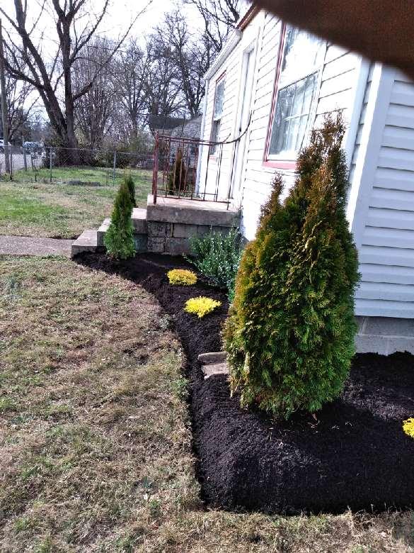 Lawn Mowing Contractor in Murfreesboro, TN, 37135