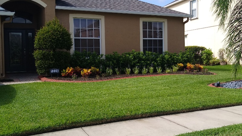 Lawn Mowing Contractor in Sanford, FL, 32771