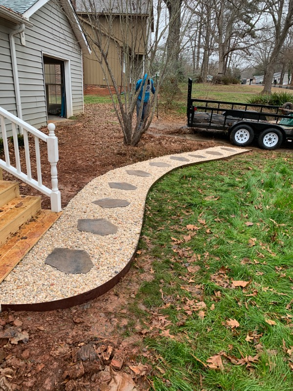 Lawn Mowing Contractor in Bessemer City, NC, 28016