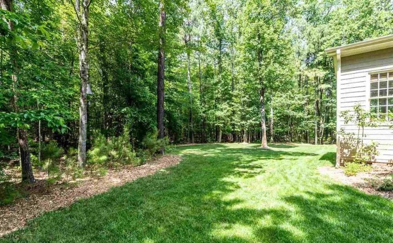 Lawn Mowing Contractor in Cary, NC, 27518