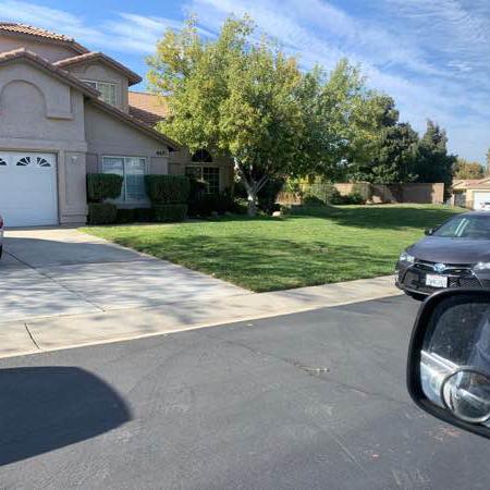Lawn Mowing Contractor in Santa Clarita, CA, 91321