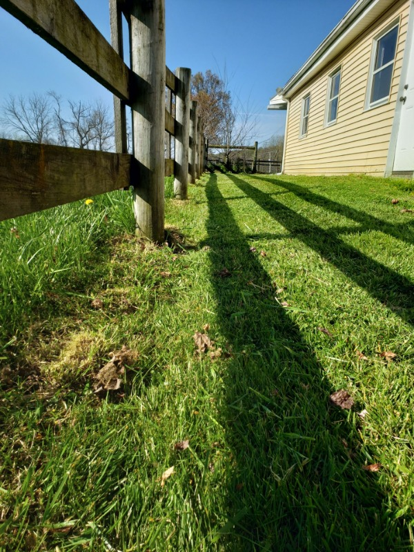 Lawn Mowing Contractor in Macungie, PA, 18062