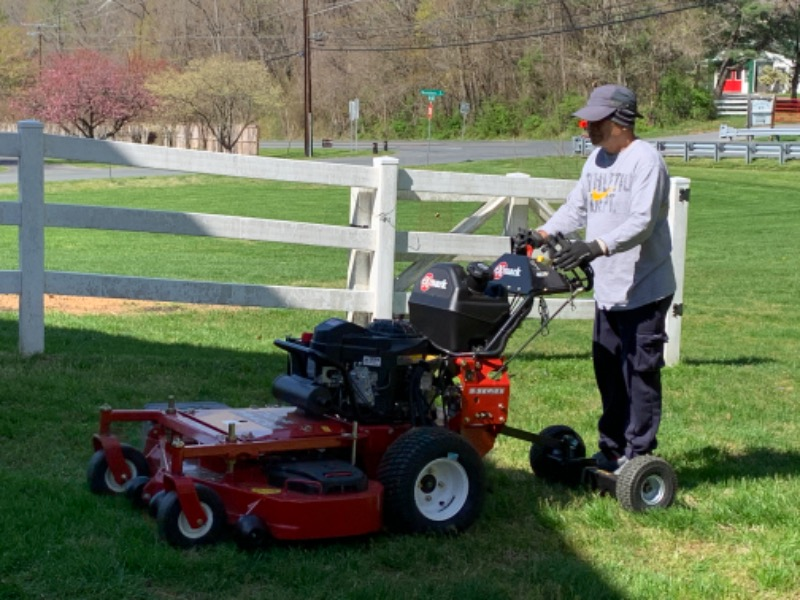 Lawn Mowing Contractor in Gaithersburg, MD, 20878