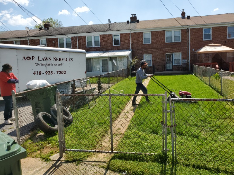 Lawn Mowing Contractor in Parkville, MD, 21234
