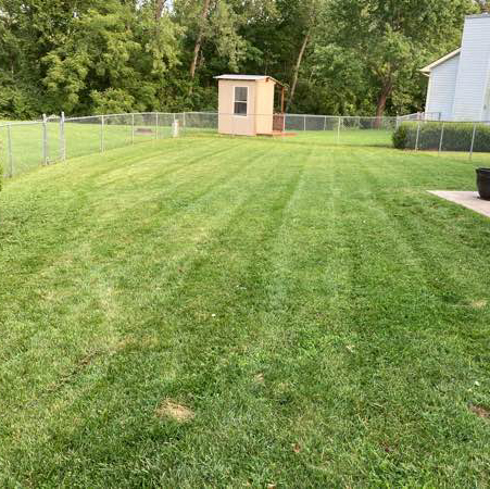 Lawn Mowing Contractor in Harvester, MO, 63304