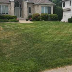 Lawn Mowing Contractor in Blaine, MN, 55432