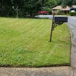 Lawn Mowing Contractor in Columbus, GA, 31909