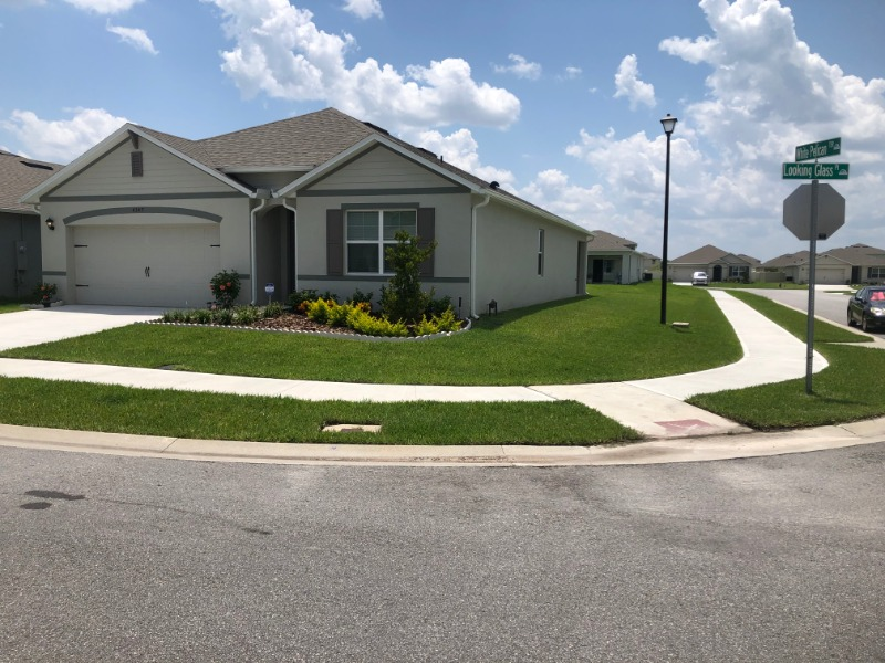 Lawn Mowing Contractor in Sanford, FL, 32773