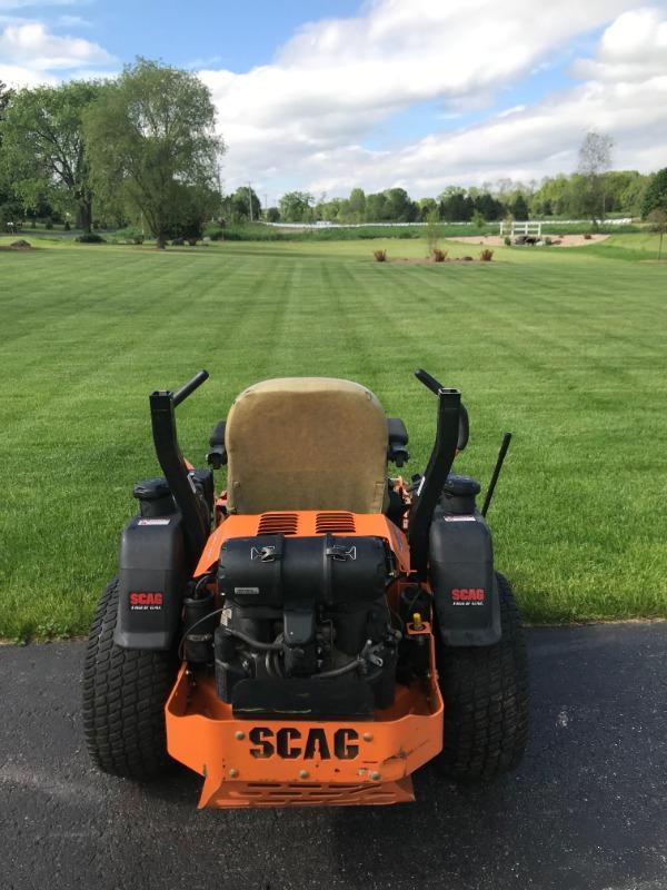 Lawn Mowing Contractor in Verona, WI, 53593