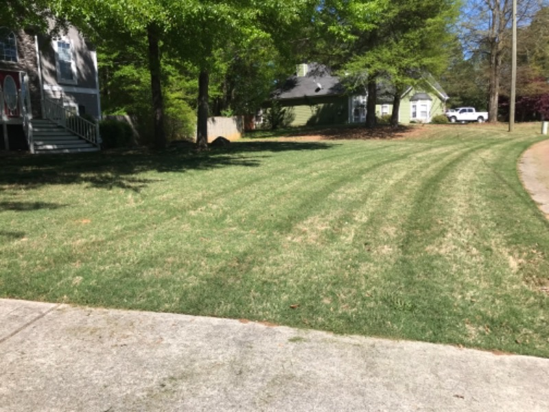 Lawn Mowing Contractor in Temple, GA, 30179