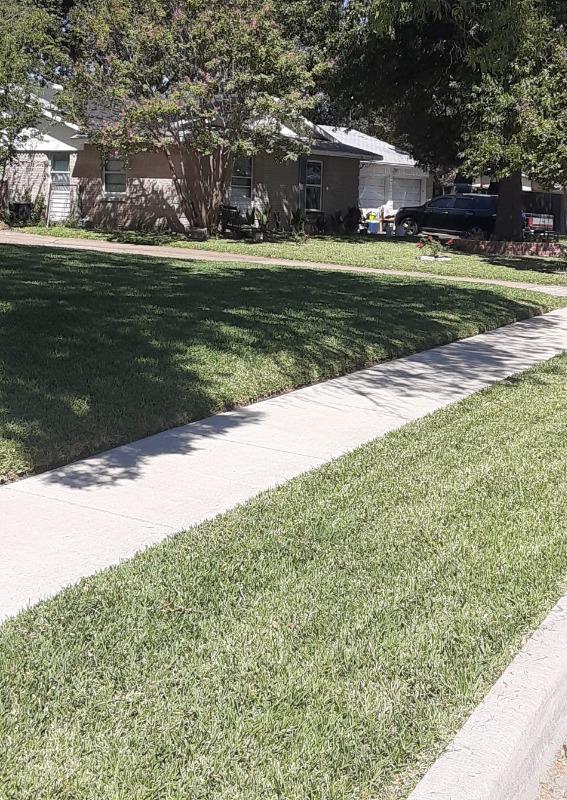 Lawn Mowing Contractor in Rowlett, TX, 75088
