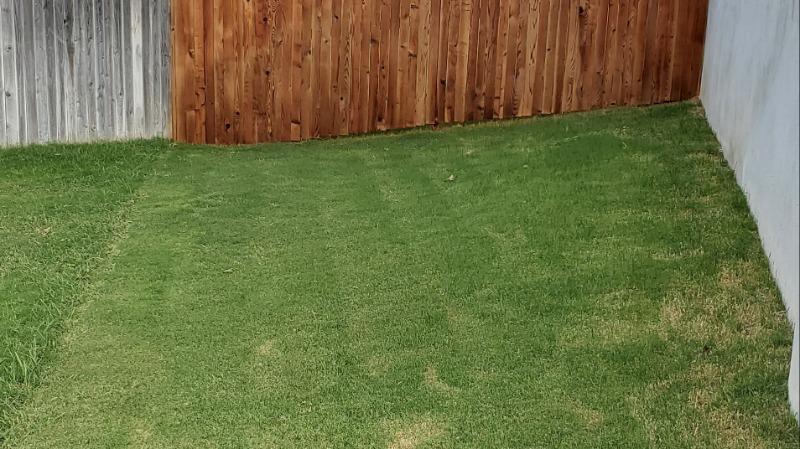 Lawn Mowing Contractor in San Antonio, TX, 78245