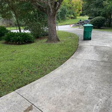 Lawn Mowing Contractor in Deltona, FL, 32738