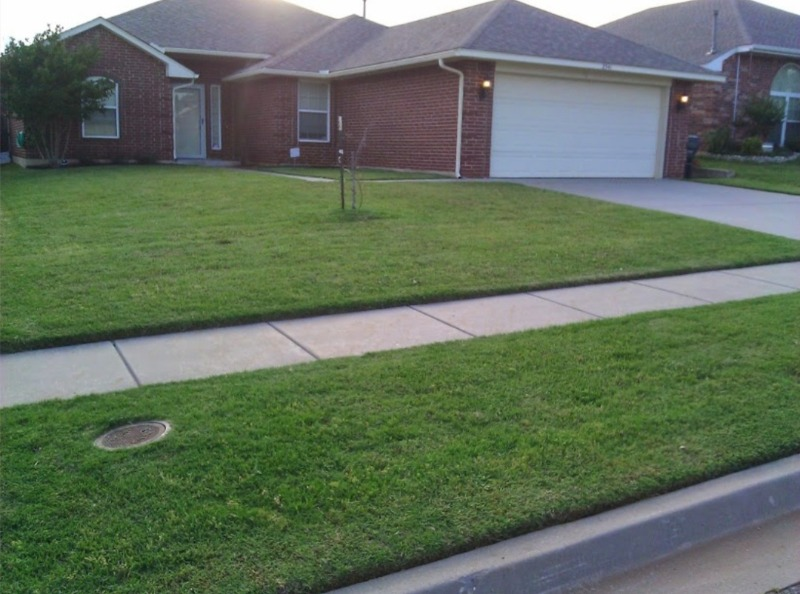 Lawn Mowing Contractor in Midwest City, OK, 73130