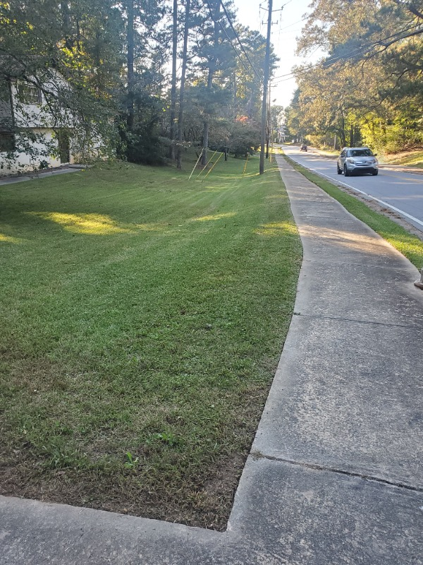 Lawn Mowing Contractor in Fayetteville, GA, 30215