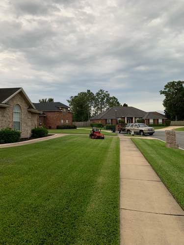 Lawn Mowing Contractor in Jacksonville, FL, 32222