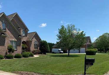 Lawn Mowing Contractor in Greensboro, NC, 27405