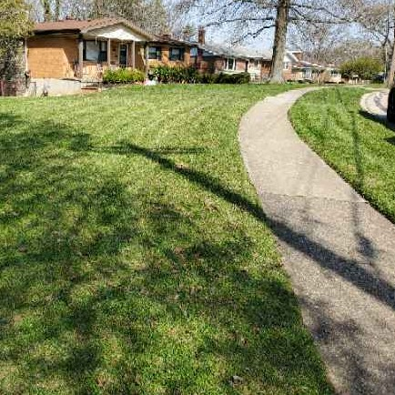 Lawn Mowing Contractor in Sharonville, OH, 45241
