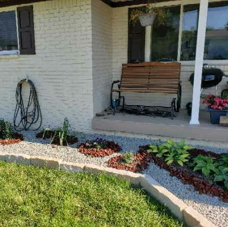 Lawn Mowing Contractor in Indianapolis, IN, 46221