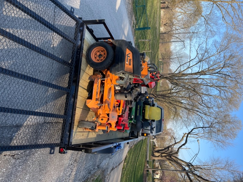 Lawn Mowing Contractor in Kansas City, MO, 64154