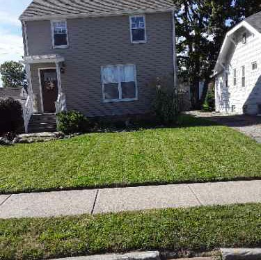 Lawn Mowing Contractor in Brook Park, OH, 44142