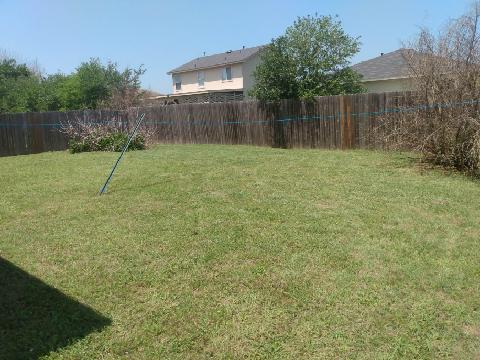 Lawn Mowing Contractor in Austin, TX, 78747