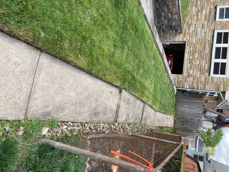 Lawn Mowing Contractor in Pittsburgh, PA, 15206