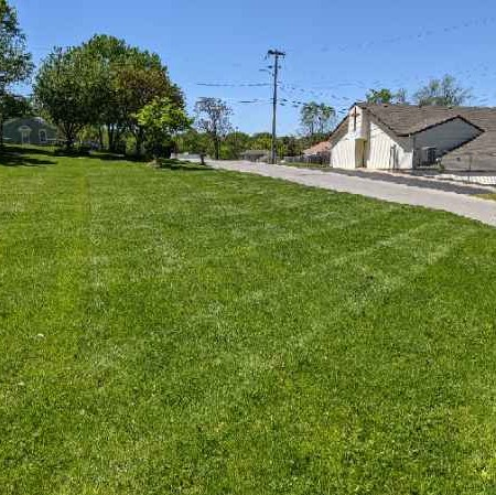Lawn Mowing Contractor in Independence, MO, 64055-5302