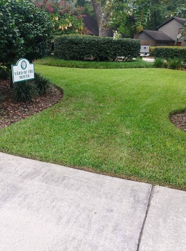 Lawn Mowing Contractor in Clearwater, FL, 33760