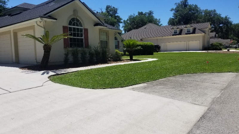 Lawn Mowing Contractor in St. Augustine, FL, 32092