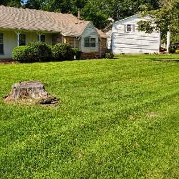 Lawn Mowing Contractor in Huntsville, AL, 35810