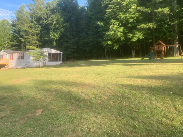 Lawn Mowing Contractor in Hendersonville, NC, 28792