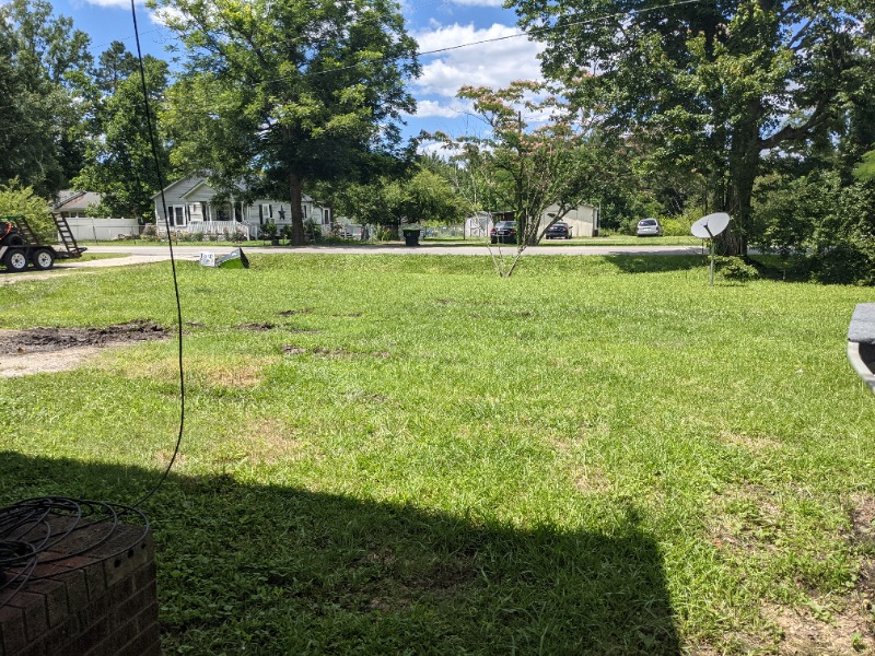 Lawn Mowing Contractor in Maysville, NC, 28555