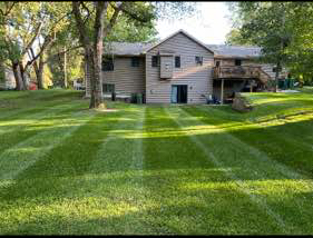 Lawn Mowing Contractor in Osseo, MN, 55311