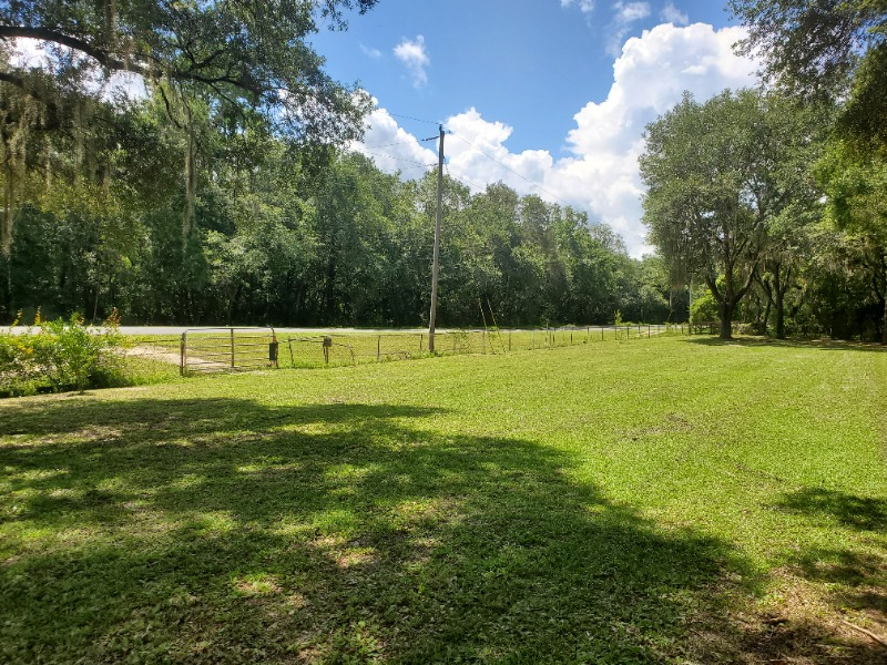 Lawn Mowing Contractor in Clearwater, FL, 33765