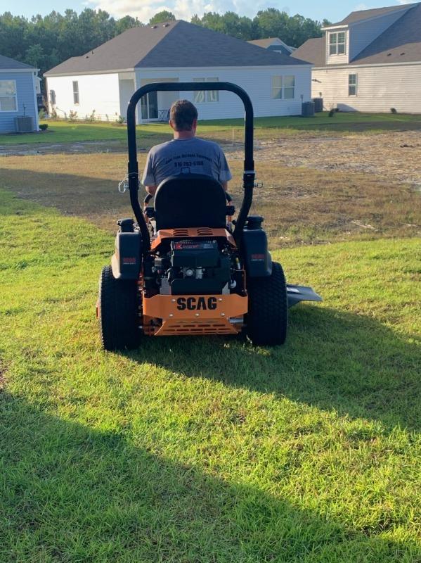 Lawn Mowing Contractor in Wilmington, NC, 28411