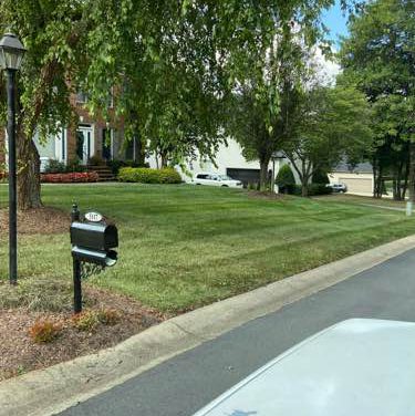 Lawn Mowing Contractor in Charlotte, NC, 28210