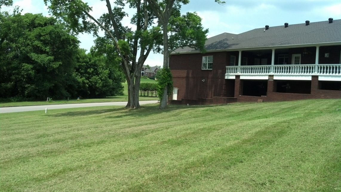 Order Lawn Care in White House, TN, 37188
