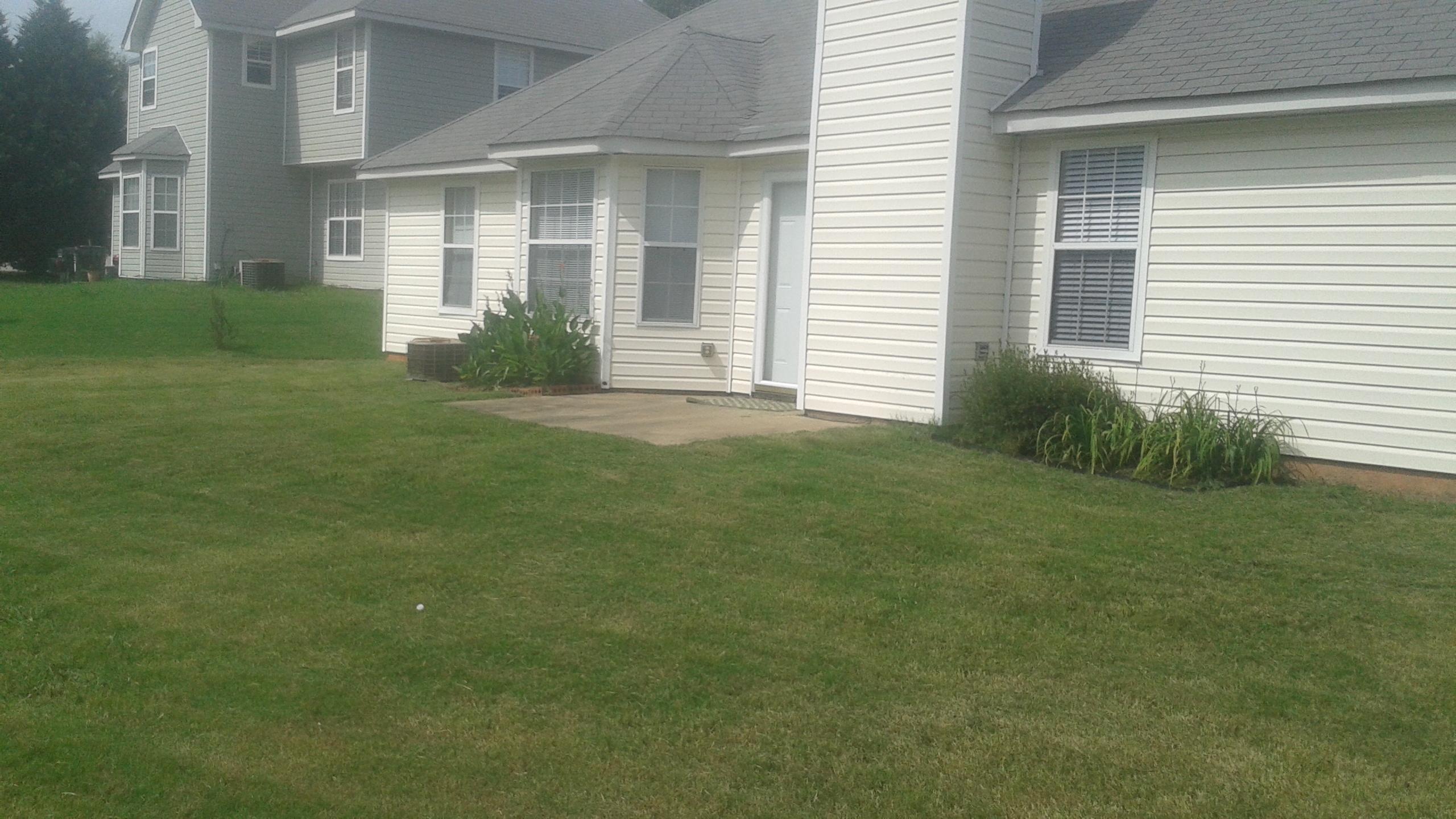 Order Lawn Care in Lawrenceville, GA, 30044