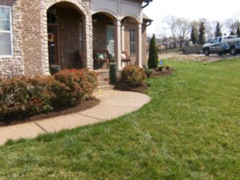 Order Lawn Care in Hendersonville, TN, 37075