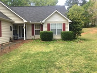 Order Lawn Care in Auburn , GA, 30011