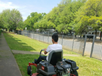 Order Lawn Care in Dallas, Tx, 75224