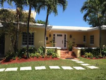 Order Lawn Care in Miami, FL, 33155